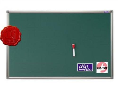 Siêu thị bảng cam kết cung cấp sản phẩm chính hãng, bảo hành lên đến 2 năm, giá cả cạnh tranh nhất thị trường Hà Nội. Đặc biệt, khi mua bảng, quý khách được tặng kèm 1 hộp phấn, 1 bông lau bảng, 6 viên nam châm và khay để bút 30cm.   Xem báo giá các dòng bảng từ xanh Tại Đây  Để nhận tư vấn về các dòng bảng, vui lòng liên hệ Hotline: 0466 724 862