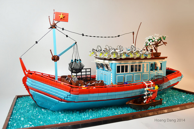 tàu đánh cá Hoàng Sa, Trường Sa bằng Lego