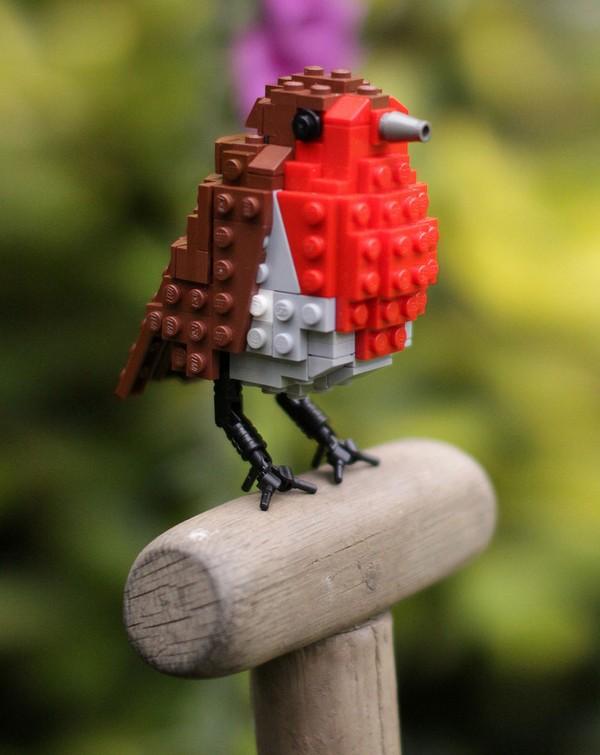 Chiêm ngưỡng những chú chim theo phong cách LEGO sáng tạo và đẹp mắt 1