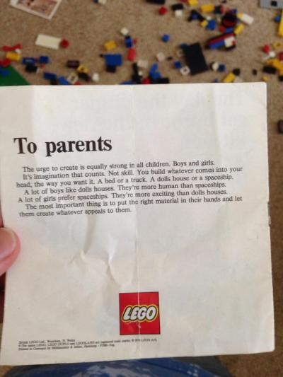 LÁ THƯ CỦA LEGO