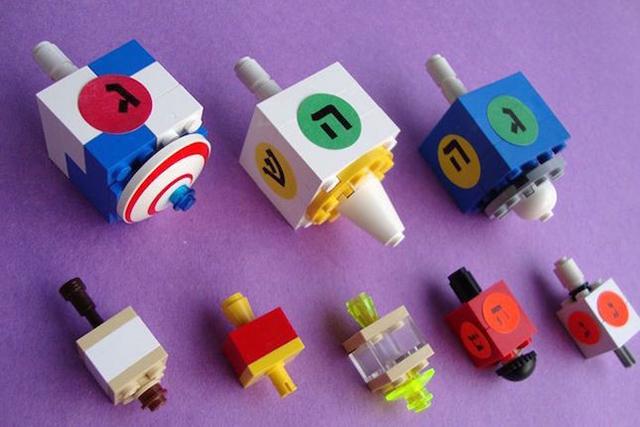 [14 y tuong lap ghep lego cho mua giang sinh danh cho tre em 1]