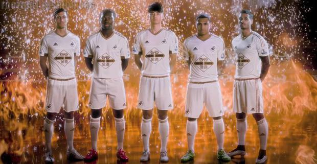 Ao bong da Swansea City 2015-2016