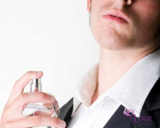 cách xịt nước hoa cho nam