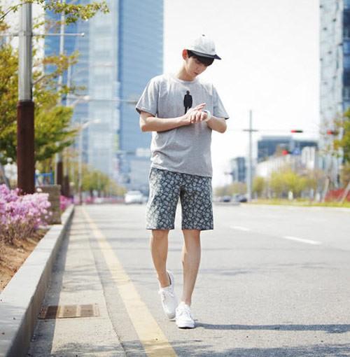 Mùa hè mát mẻ, dễ chịu với áo lót nam và quần short nam