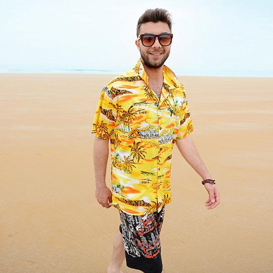 Thời trang đi biển đơn giản cho các chàng