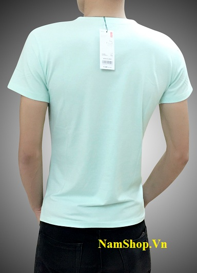 Hình ảnh áo phông cộc tay nam hàng hiệu Uniqlo cổ tim