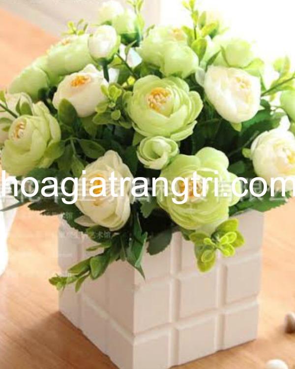 Hoa giả để bàn trang trí tại Phương Thảo