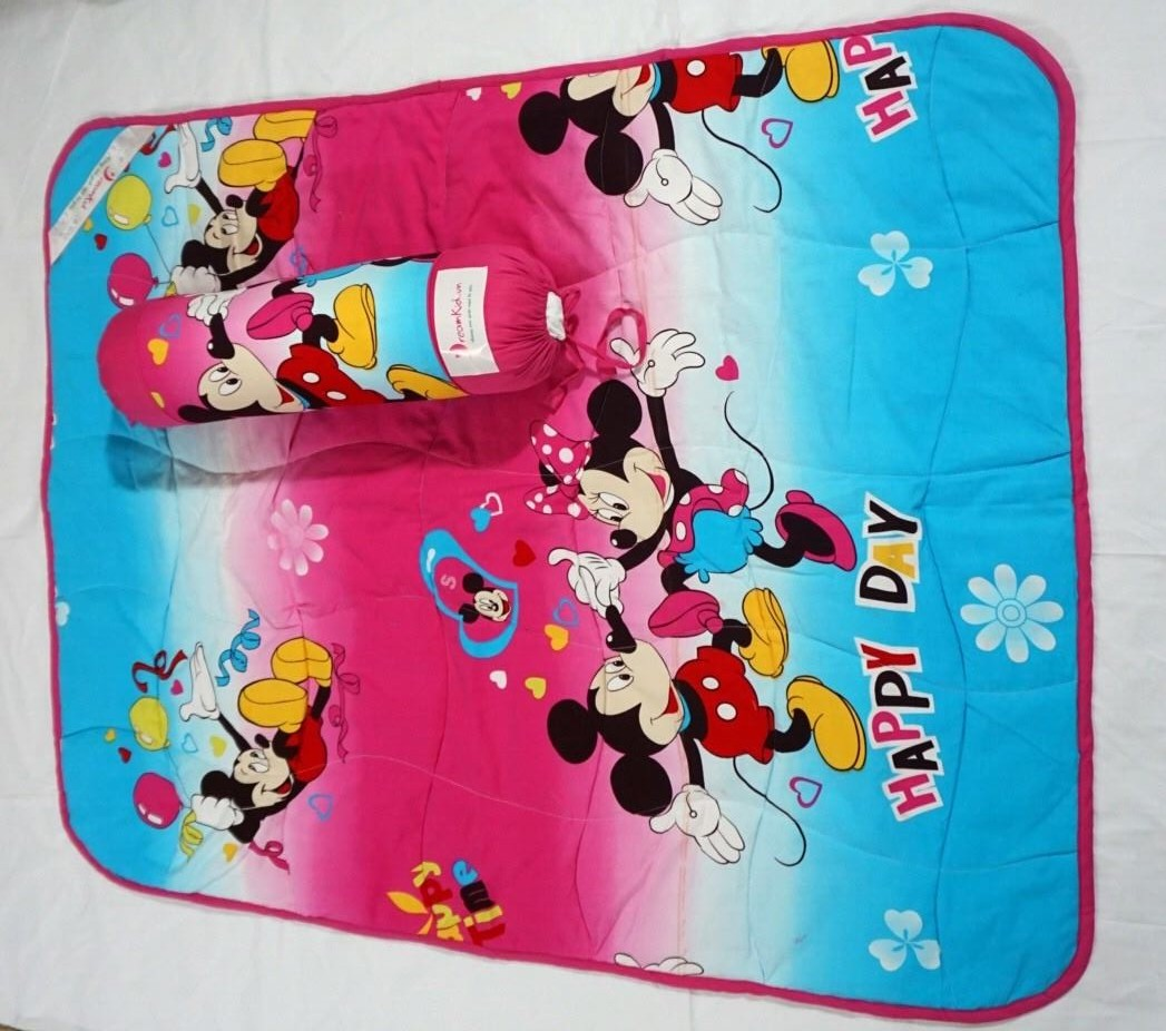 Chan ga goi tre em hinh Mickey