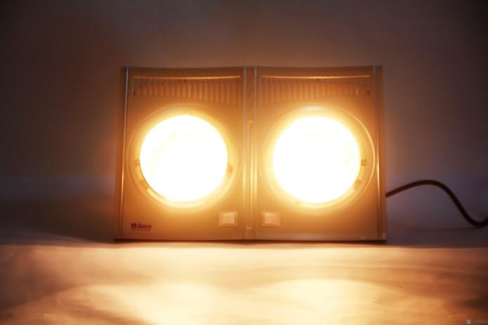 Đèn sưởi nhà tắm hans chính hãng chlb đức - 1