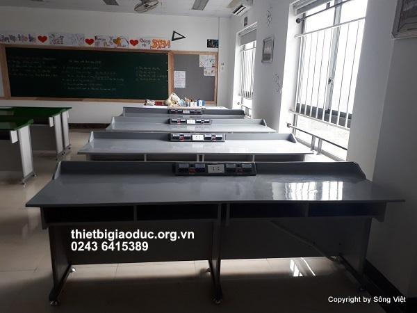bàn thí nghiệm lý phòng học công nghệ 1