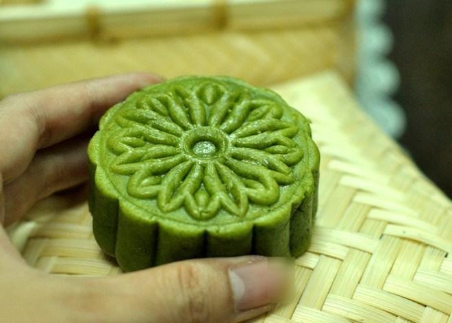 Tùy thuộc vào hương liệu bạn có thể tạo được màu sắc đặc trưng cho chiếc bánh của mình