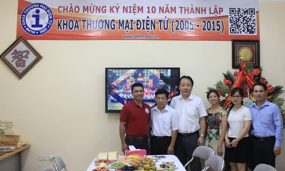 Cục TMĐT và CNTT - Bộ Công Thương đã đến chúc mừng