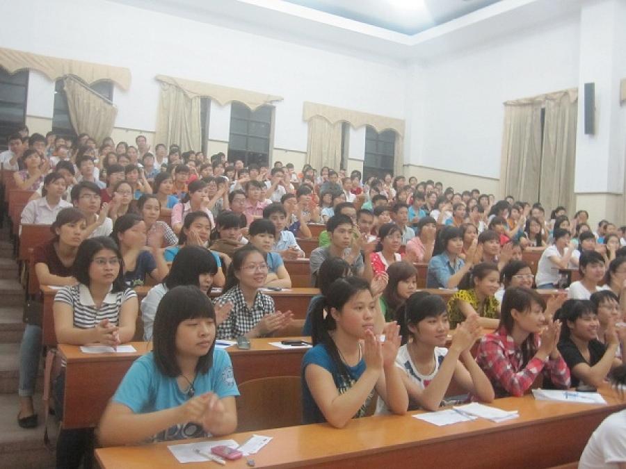 Lớp học đại học thương mại