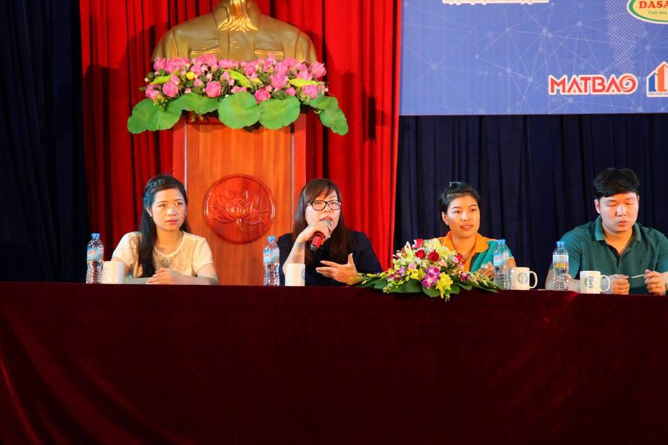 Các diễn giả tham gia Tọa đàm đại diện từ các Doanh nghiệp tài trợ.