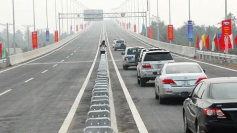 kinh nghiệm lái xe ô tô trên đường cao tốc