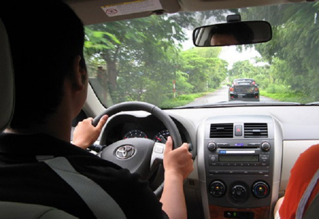 tập lái xe ô tô