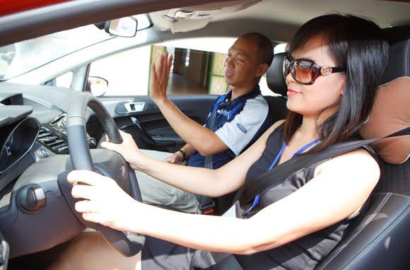 trường dạy lái xe hoàng gia
