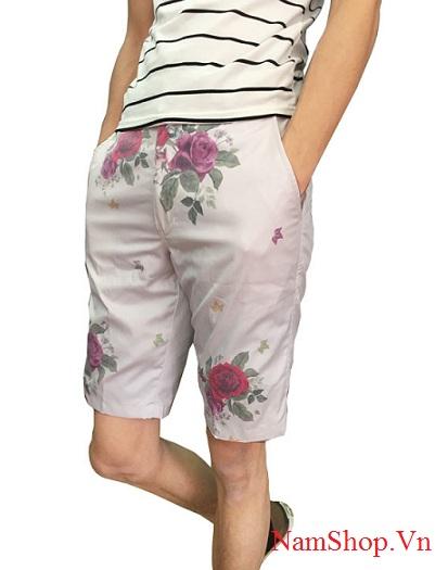 Quần short nam họa tiết - Thời trang nam đi biển