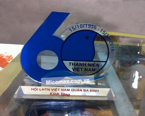 Kỷ niệm chương bằng mica KNC-2510