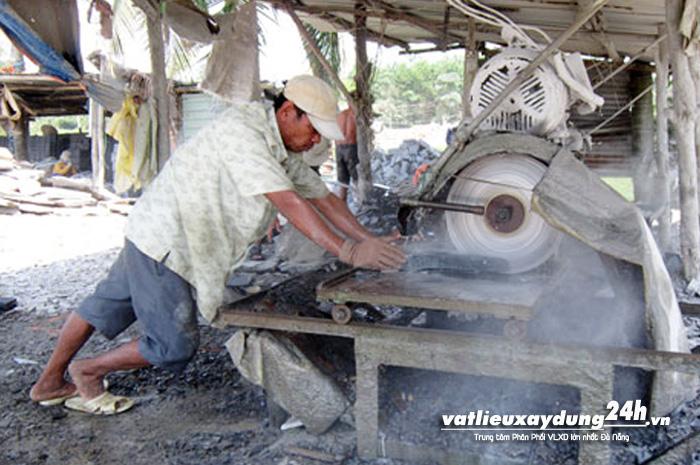 Làng nghề Đá chẻ Hòa Sơn Đà Nẵng