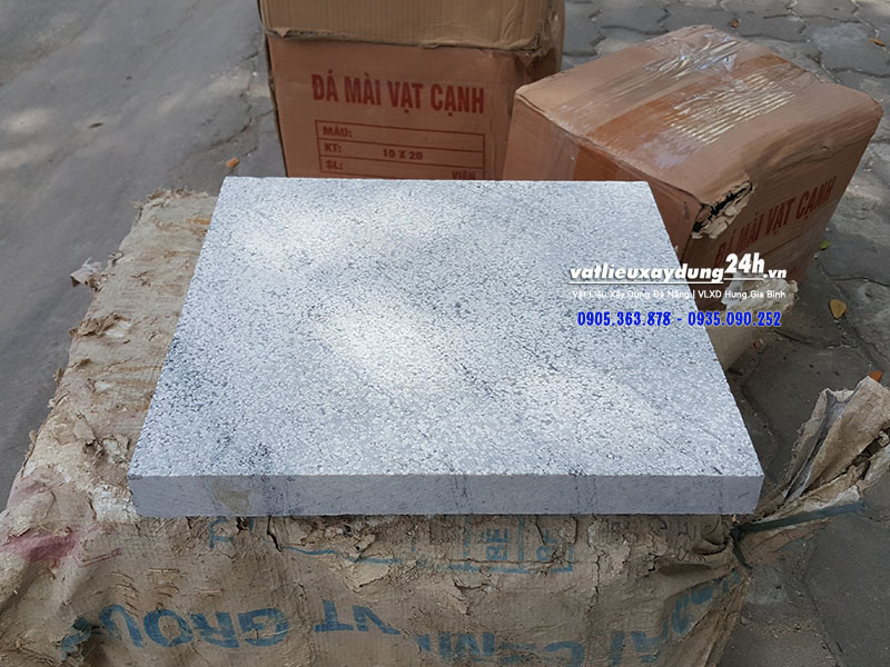 Đá băm xám trắng 300x300 mm