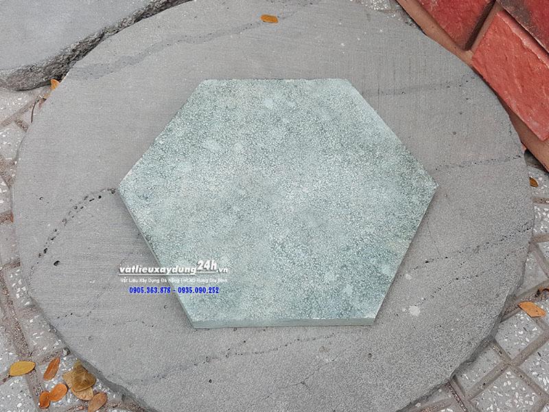 Đá băm xanh rêu lục giá 30x30 cm