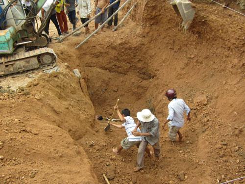 Thi công đào móng nhà