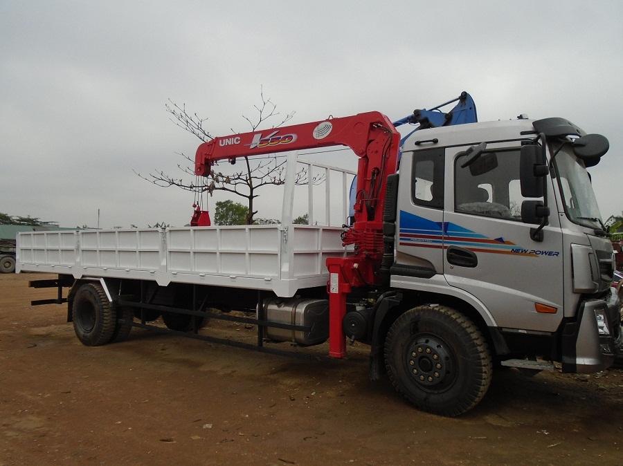 bán xe tải gắn cẩu tự hành 5 tấn giá rẻ