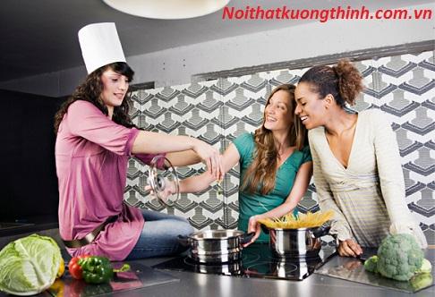 Cách khắc phục những sự cố thường gặp khi sử dụng bếp từ