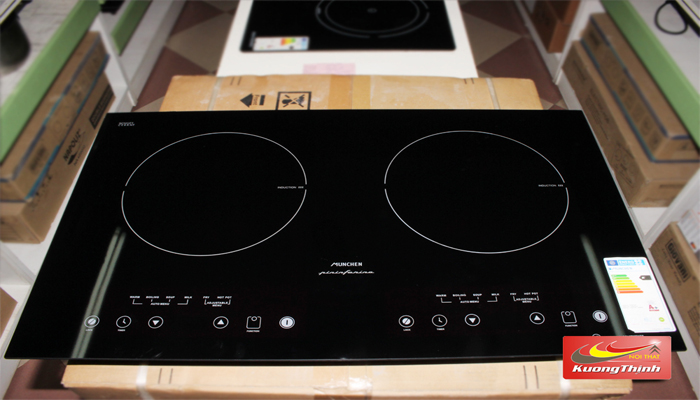 Giá bếp từ Munchen M50 cũng chỉ ngang iphone 6s
