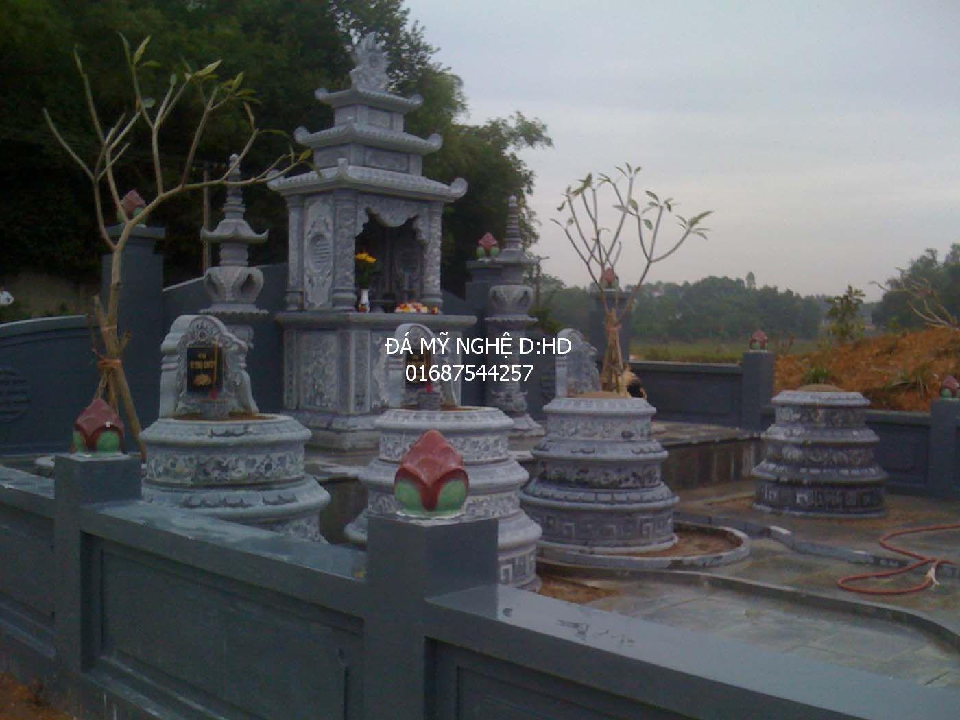khu lăng mộ đá tròn