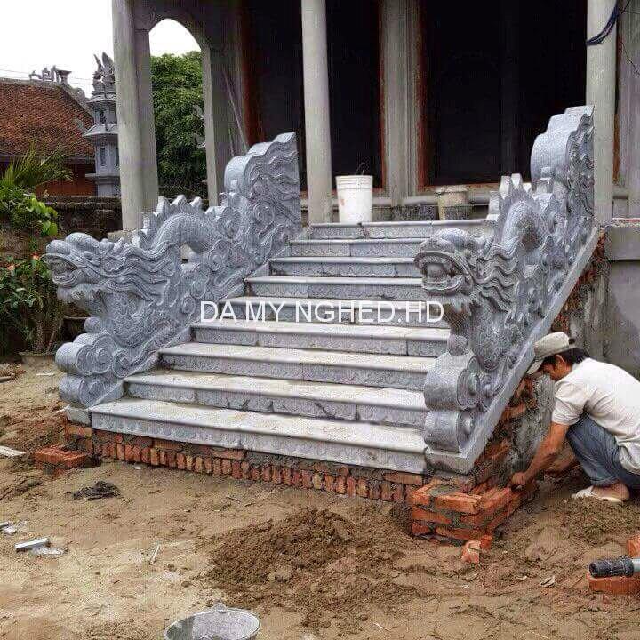Rồng đá bậc thềm 13