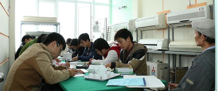 Lớp Học Sửa Chữa Điện Lạnh