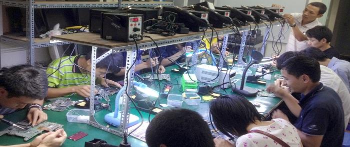 Lớp học sửa chữa Máy tính - Laptop