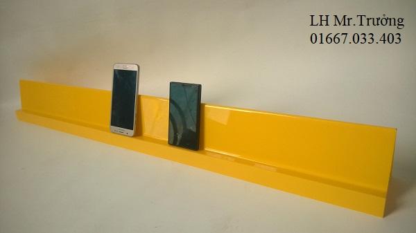 giá đỡ trưng bày điện thoại