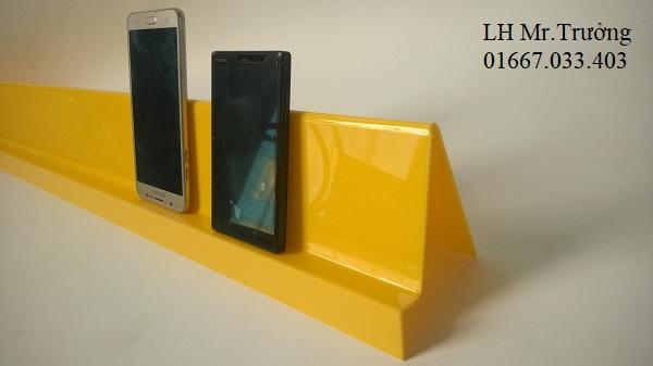 kệ mica trưng bày điện thoại di động