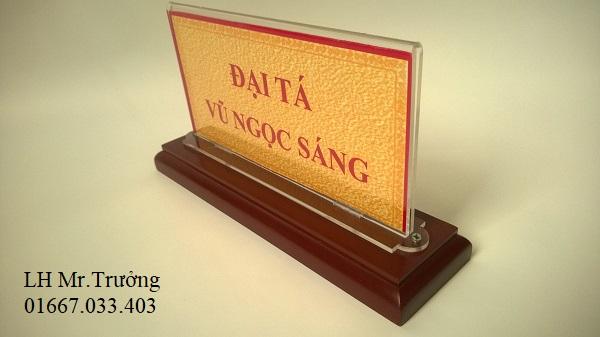 mẫu biển chức danh bằng gỗ