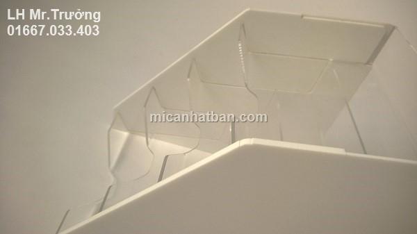 khay nhựa nhiều tầng