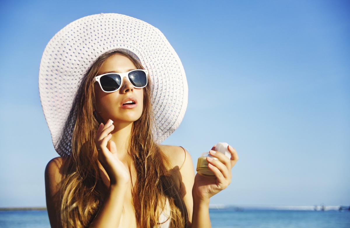 Dùng kem chống nắng mỗi ngày là cách bảo vệ da ngăn ngừa nám hiệu quả
