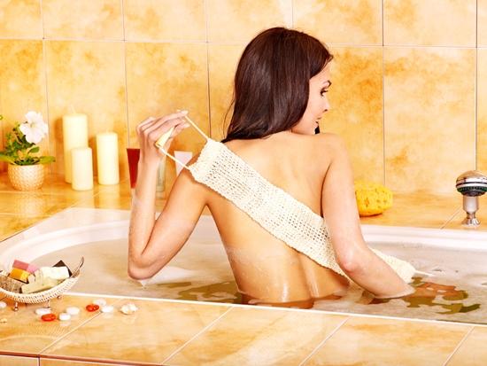 Kem tắm trắng giá rẻ an toàn từ thiên nhiên