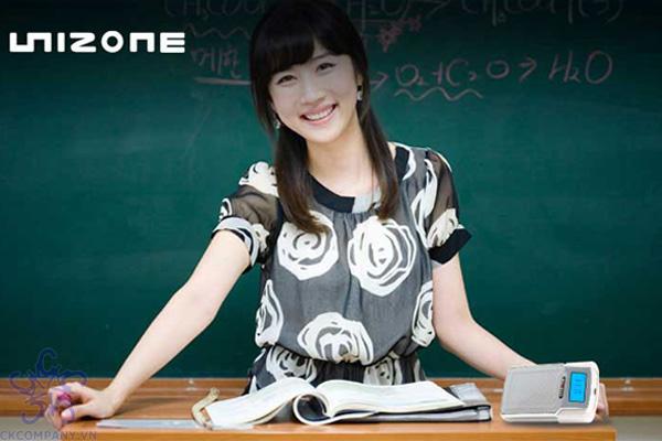 máy trợ giảng Unizone Hàn Quốc