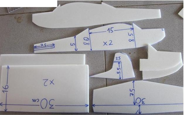 Hướng dẫn chế tạo máy bay điều khiển từ xa (cực dễ)