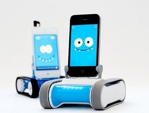 Romo ra đời nhằm đáp ứng nhu cầu dạy học các môn lập trình robot tự động, lập trình di động và game.