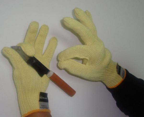 găng tay chịu nhiệt 300 độ