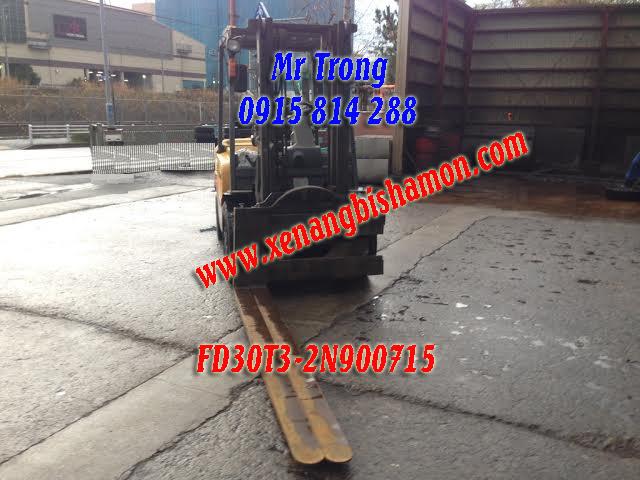 xe nâng dầu TCM