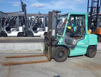 Xe nâng dầu 3,5 tấn mitsubishi FD35AT