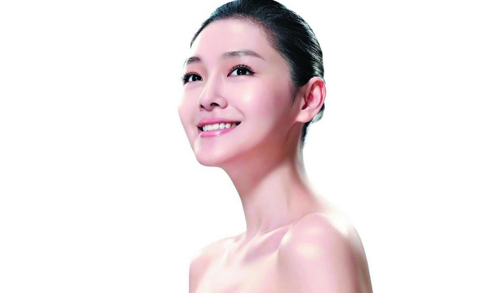 đẩy thủy lực collagen và tế bào gốc nuôi da mặt ở tại Hà Nội
