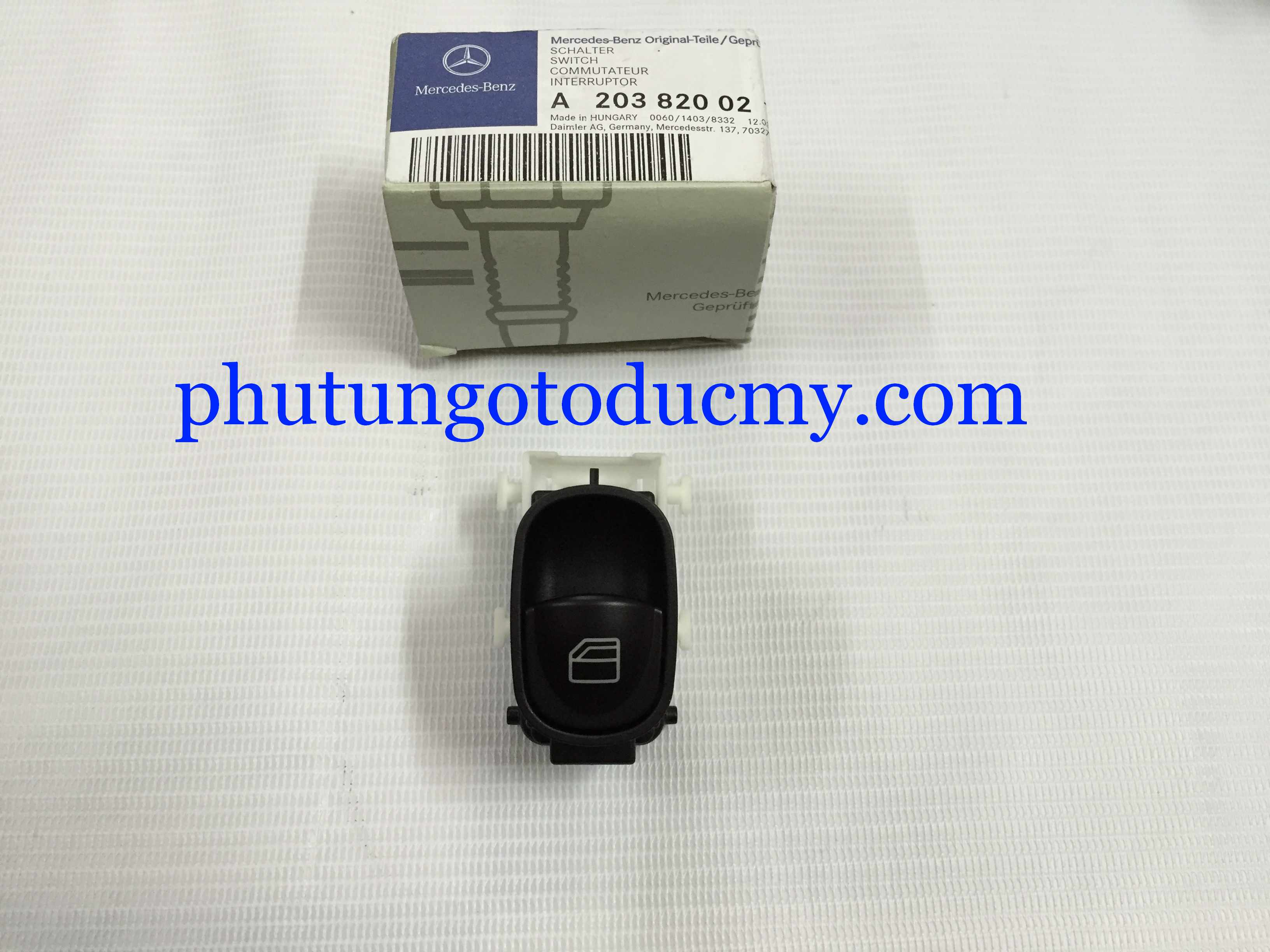 Công tắc lên kính Mercedes C180,C200,C240,C280 W203- A2038200210
