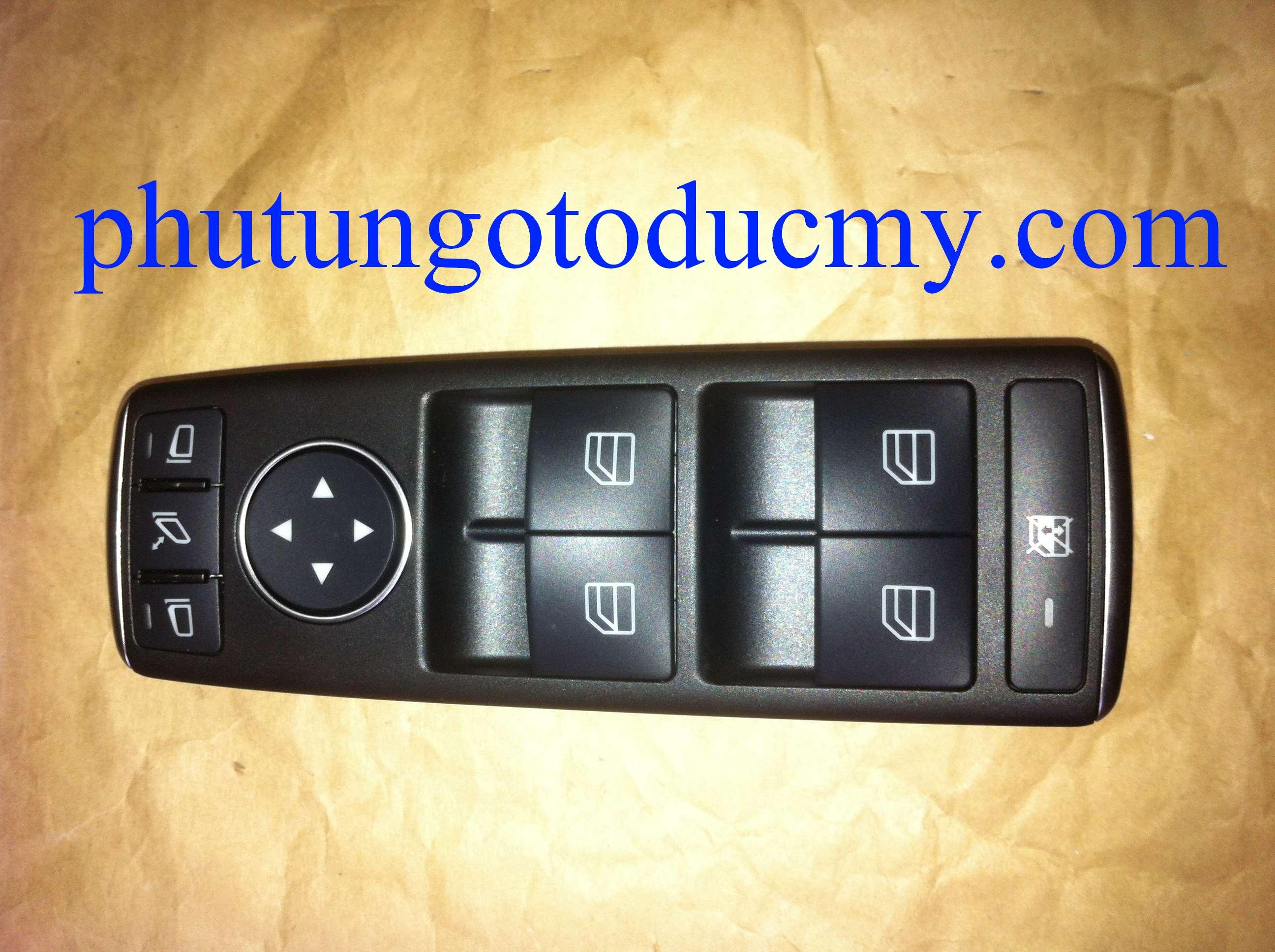 Công tắc lên kính Mercedes C200,C230,C250,C300 W204- A2049055402