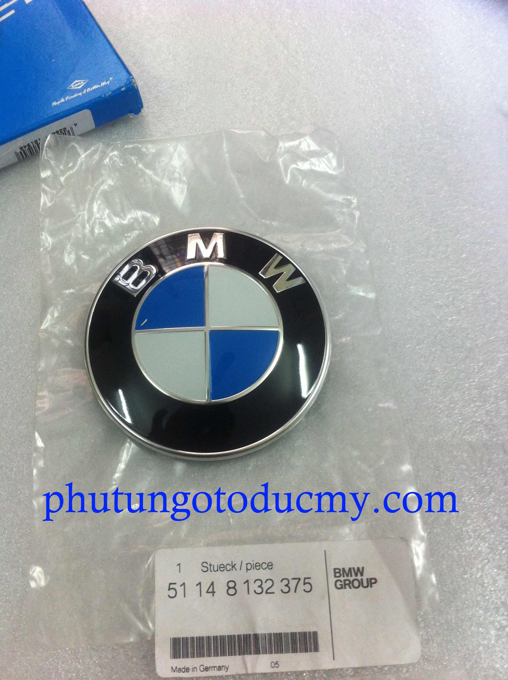 Logo cốp sau BMW 318i,325i,520i,525i- 51148132375